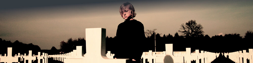 FriedhofBoy-header_21 image